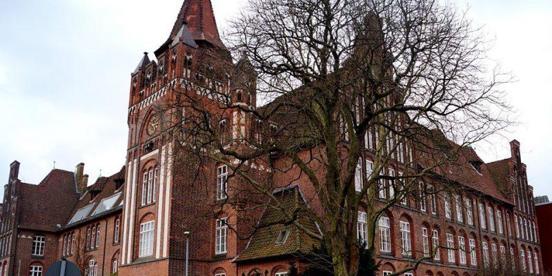 Die Wilhelm-Raabe-Schule in der Feldstraße 30 (1905-08) © Fleddermann