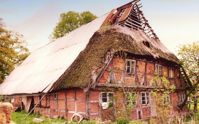 Alte Aufnahme des Bauernhauses © Martinuskirchengemeinde