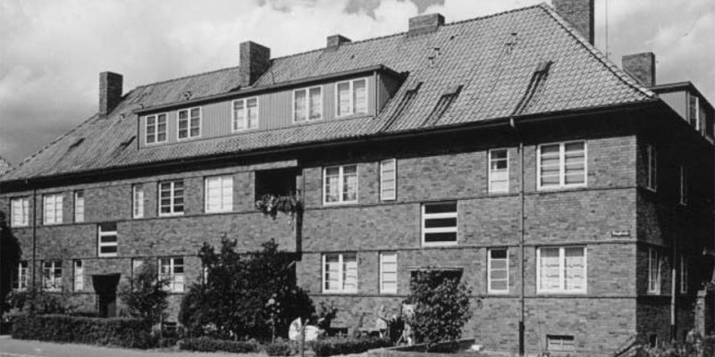 Geschosswohungsbau Auf der Höhe, um 1930 © Lüneburger Wohnungsbau GmbH 2007