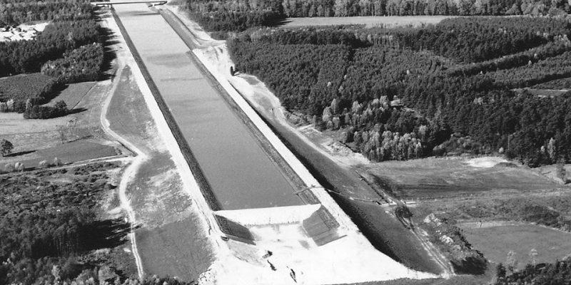 Bau des Elbe-Seitenkanals bei Wulfstorf (1971) ©Wasser- und Schifffahrtsamt Uelzen