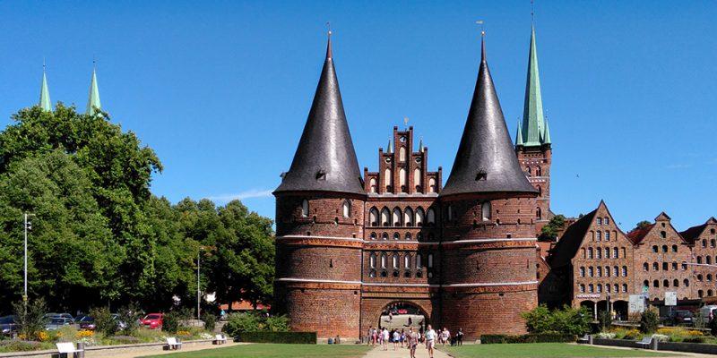 Holstentor Lübeck © Brohsonn