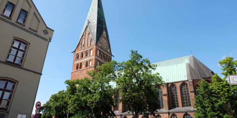 Seitenansicht Hauptkirche St. Johannis © Langemeyer