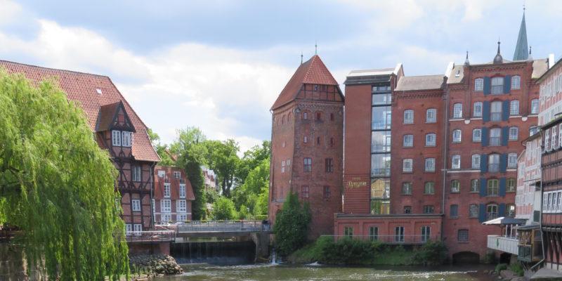 Ausblick über den alten Lüneburger Hafen am Stint-Markt © Grosser