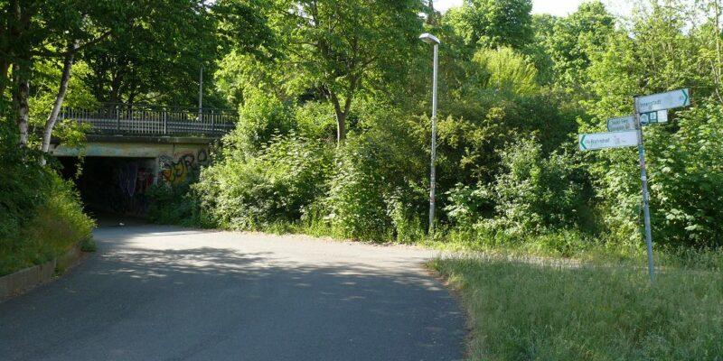 Abbiegung nach links Richtung Deutsch Evern © Stumpe