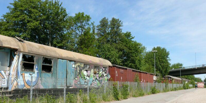 Historische Wagons warten auf Restaurierung © Stumpe