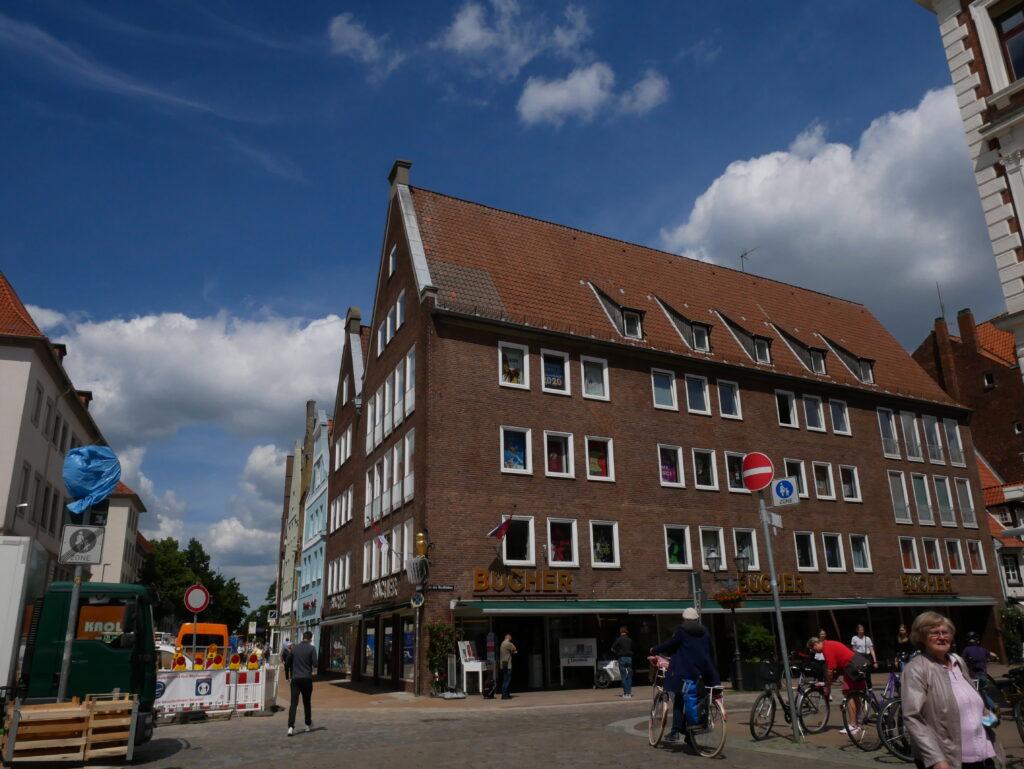 """Das ehemalige Gesellschaftshaus """"der Schütting"""" © Behrens/Groesgen"""
