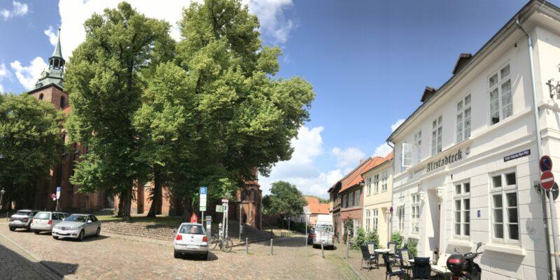 Johann-Sebastian-Bach-Platz in Lüneburg © Dahmen